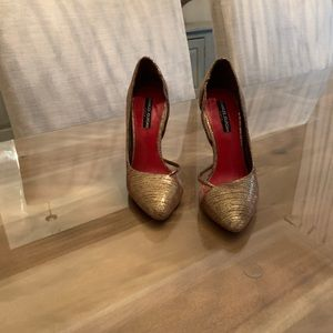 Charles Jourdan Paris gold heels